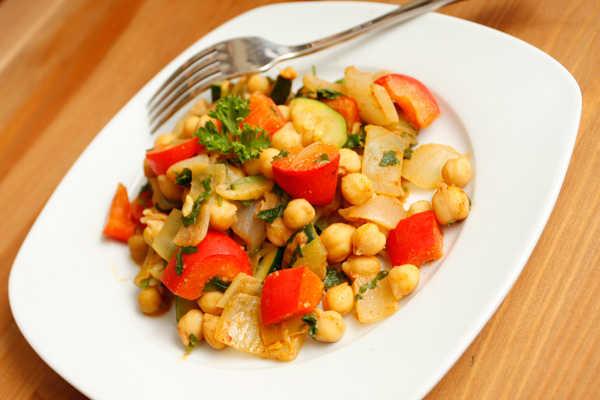 5 Easy Ways To Make Healthy Vegan Food Taste Amazing