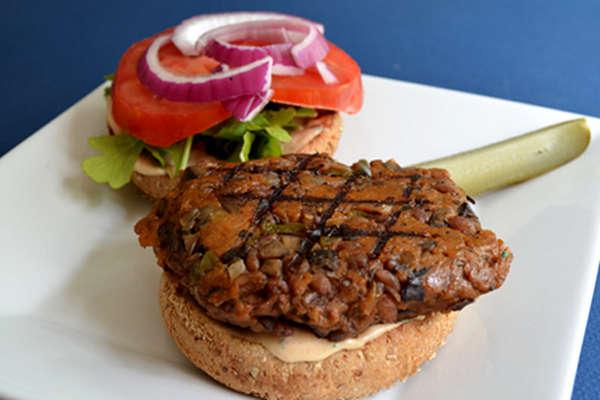Mushroom Barley Grillers: A Burger and Beer Pairing