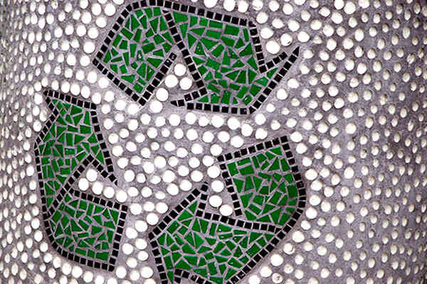 Landfill Free: 5 Companies With Recycling Programs