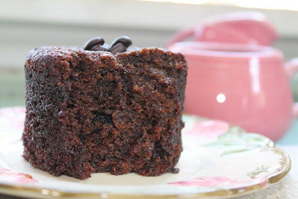 individual chocolate espresso cake with zucchini