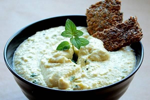 Mint-Coconut-Cashew-Cream-Cheese-Spread