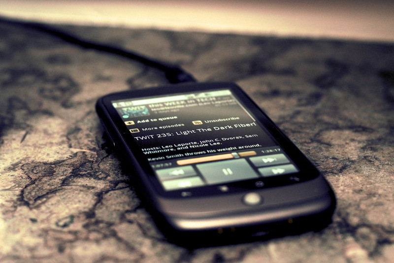 What I Learned From a Week Without My Cell Phone