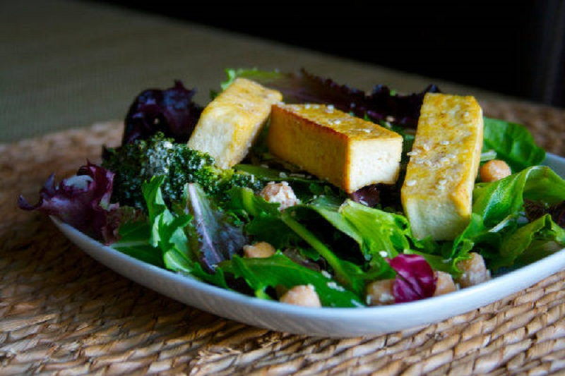 Sesame-Tofu-+-Broccoli-Salad