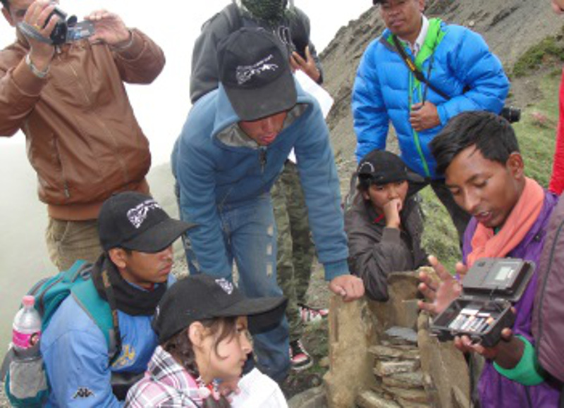 Meet the Amazing 10th Grader Leopard Scout Helping to Save Nepal's Snow Leopards