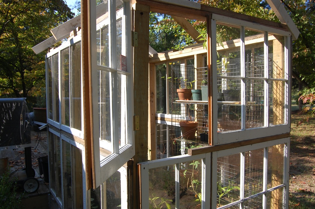 5 Types of Greenhouses You Can Build Out Of Recycled Materials