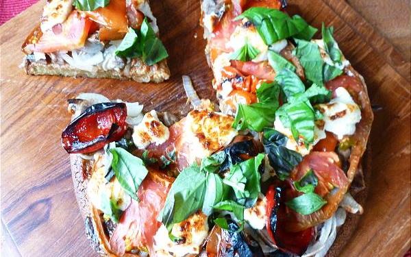 Healthy 'Digestive-friendly' Quinoa Pizza Crust