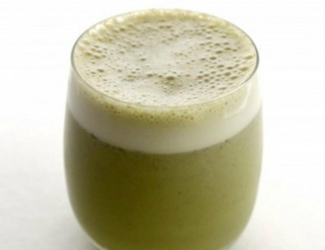 Cafe-Style-Matcha-Tea-Latte-1040x800-1039x800