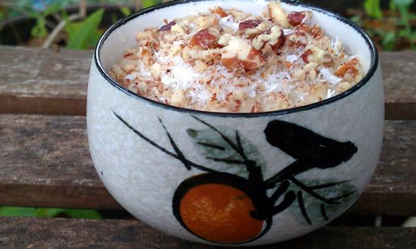 Coconut-Banana-Pecan-Coffee-Cake-Oatmeal