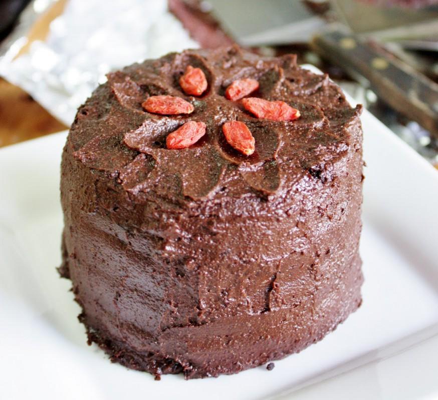 Special-Dark-Chocolate-Vegan-Cake-874x800