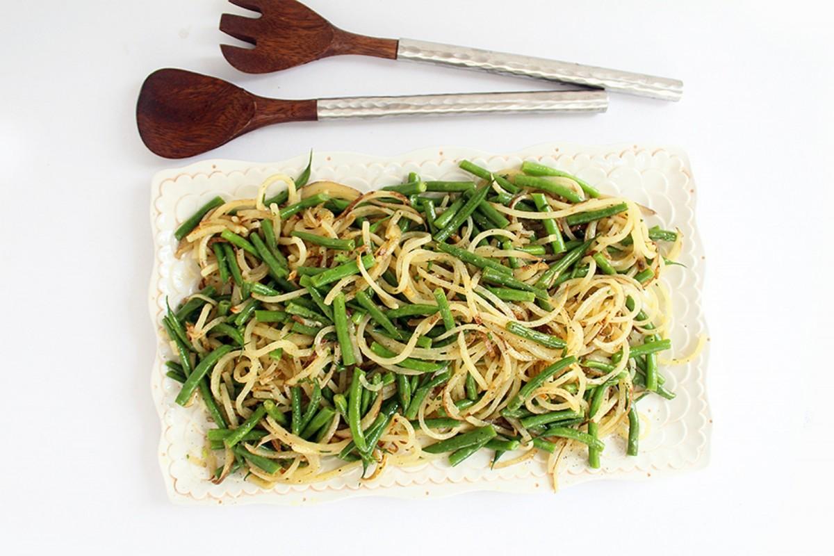 tato-Noodle-and-Green-Bean-Salad-With-Chive-Dijon-Vinaigrette-Vegan-1200x800