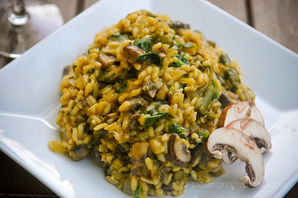 Vegan Mushroom and Asparagus Risotto