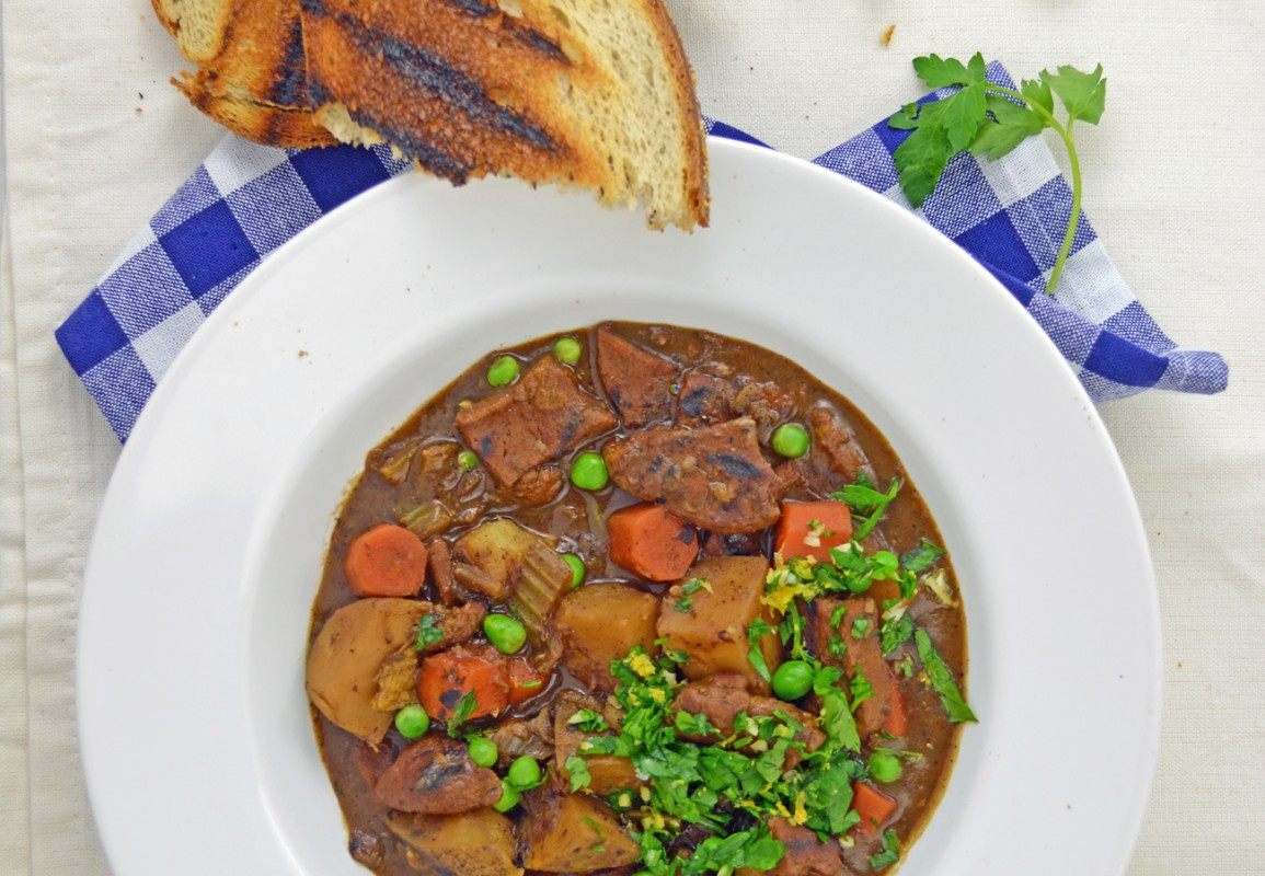 How to Make Simple Vegan Stews to Keep You Warm This Winter