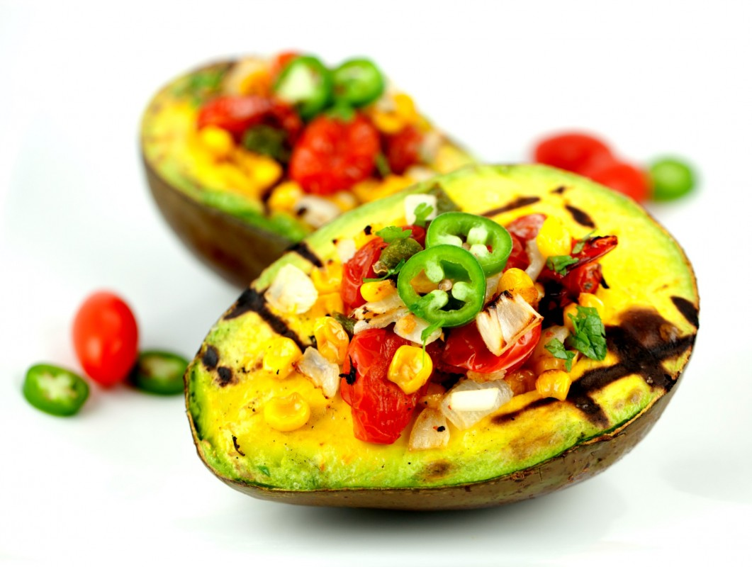 Grilled-Avocado-with-Roasted-Tomatoes-1061x800