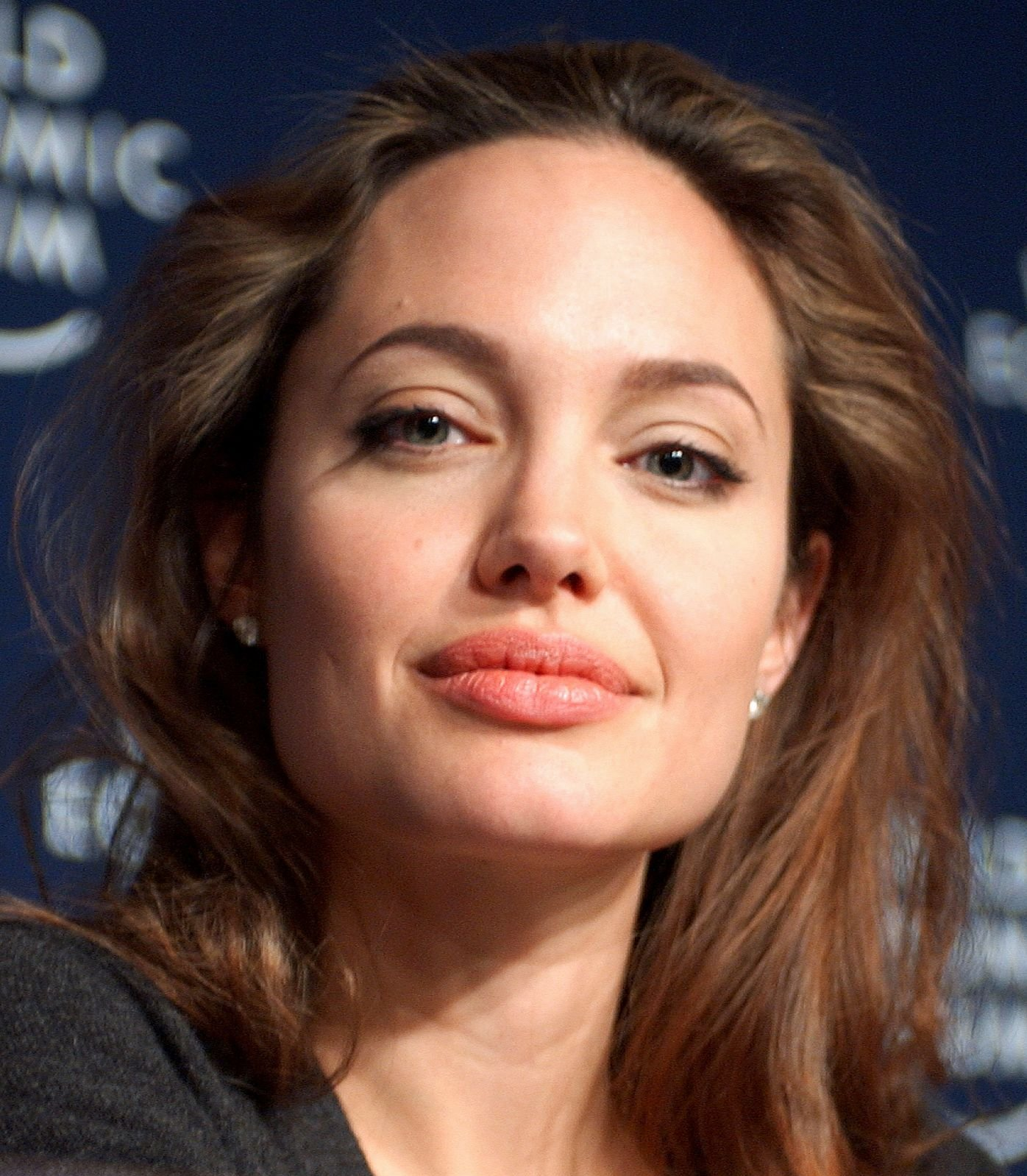 We Love These Celebrities For Speaking Up For Elephants!