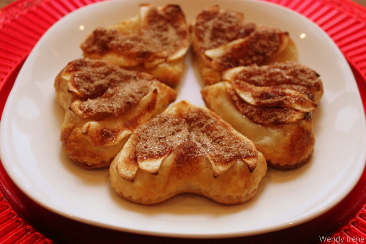Individual Apple Pie Pastries [Vegan]
