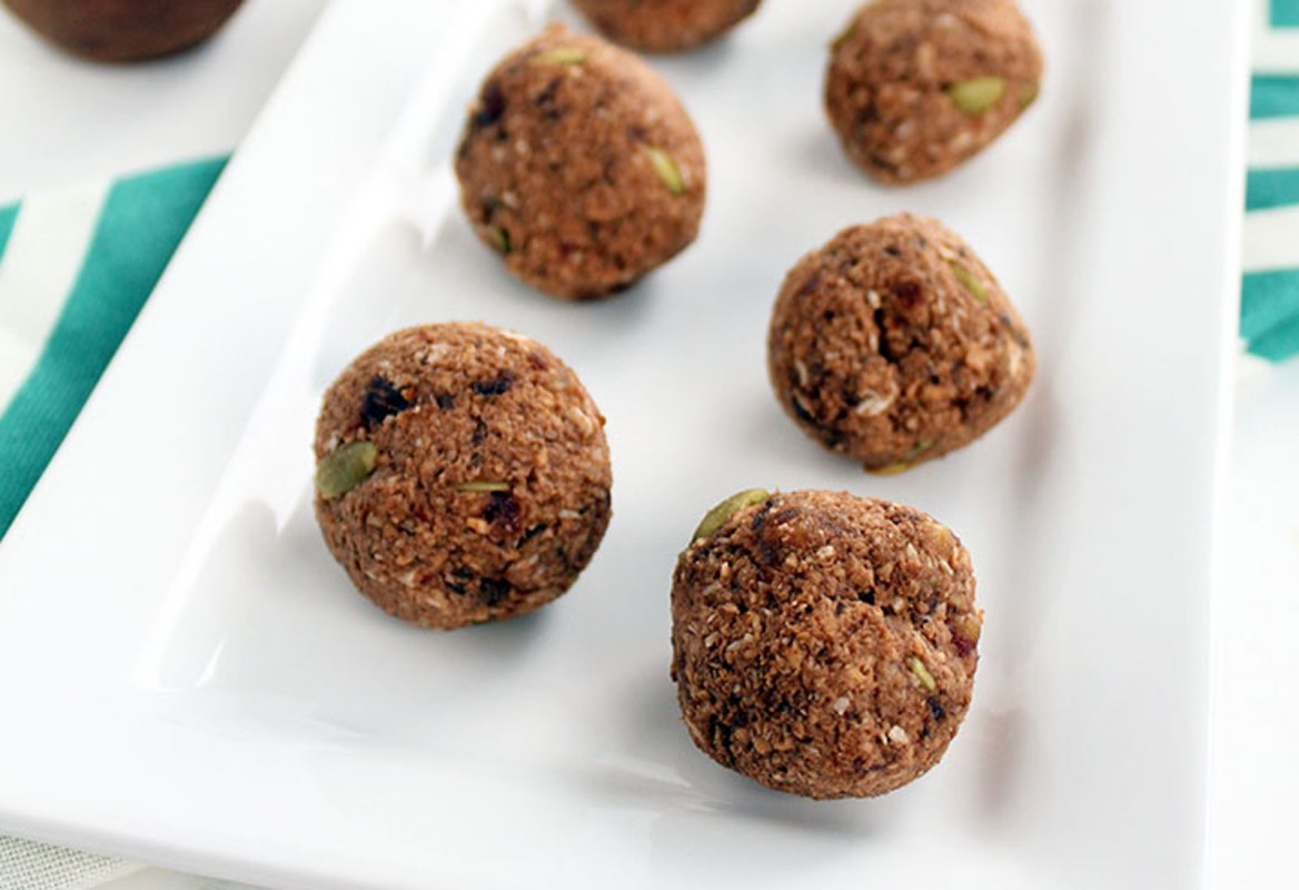 Cacao-Coconut-Plantain-Rice-Balls-with-Pepitas-1168x800 (1)