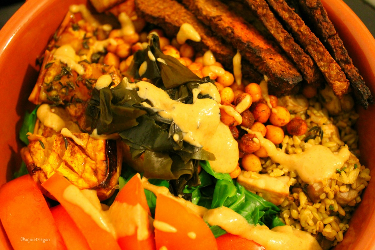 Tempeh Bacon Bowl [Vegan]