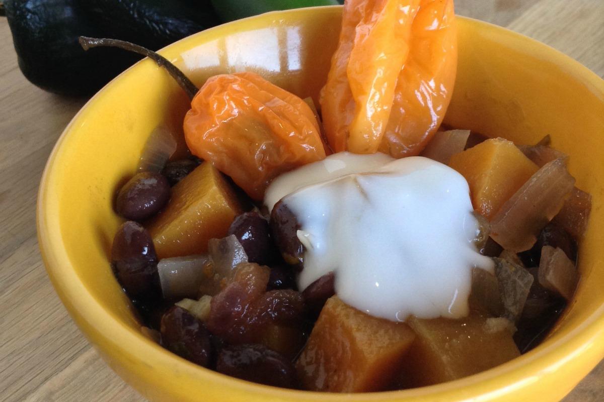 Caribbean Black Bean Chili [Vegan, Gluten-Free]