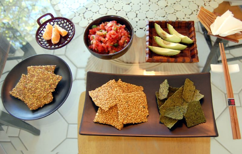 Kale Crackers With Salsa