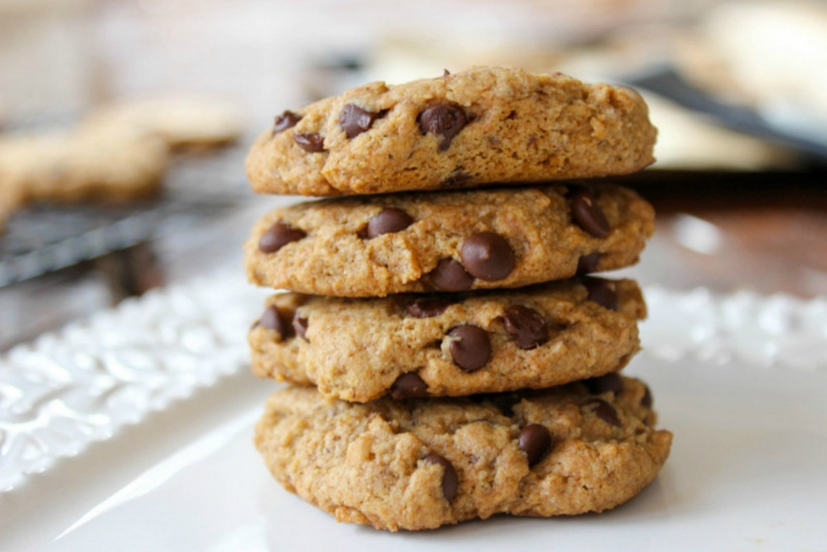 Classic Chocolate Chip Cookies (Just Like Mom Used to Make...But Better!) [Vegan]