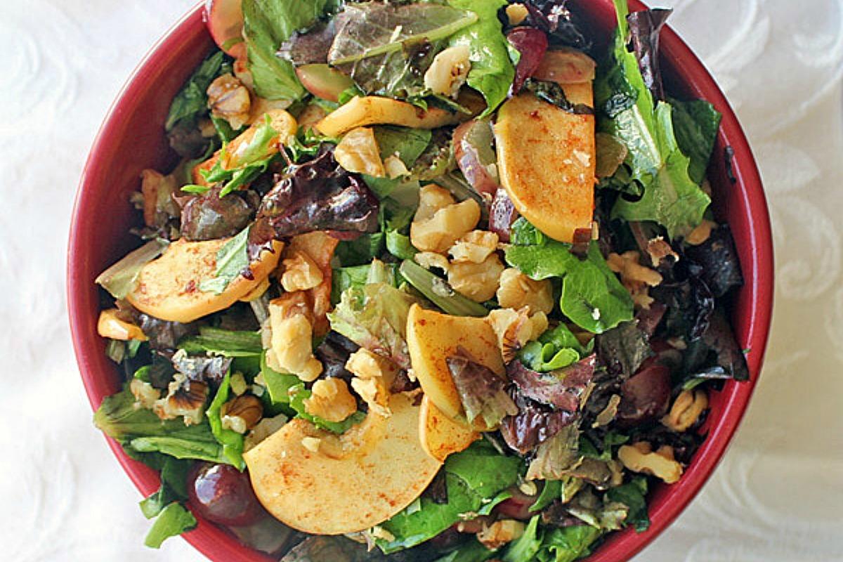 Cinnamon Spiced Apple and Grape Salad [Vegan, Gluten-Free]