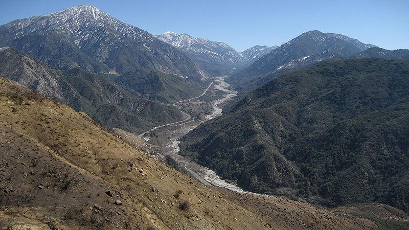 800px-Mill_Creek_drainage,_San_Bernardino_National_Forest