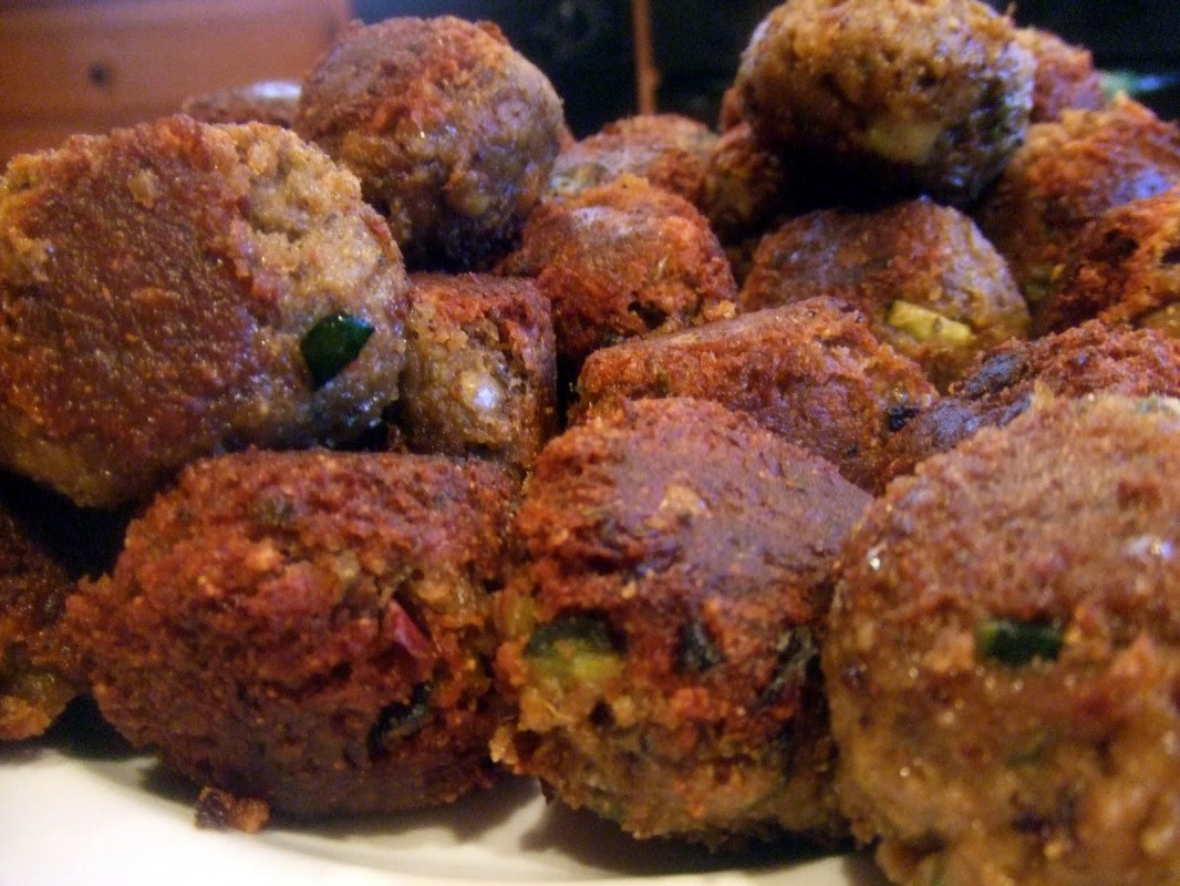 lentil-meatballs-batch-2-3-1066x800