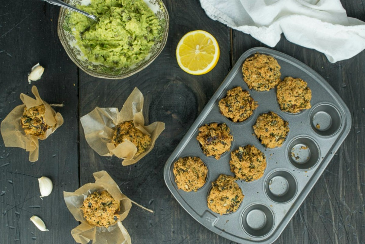 Breakfast Mini Muffins With Kale and Sundried Tomatoes [Vegan]