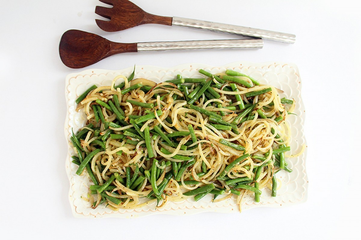 tato-Noodle-and-Green-Bean-Salad-With-Chive-Dijon-Vinaigrette-Vegan-1200x800
