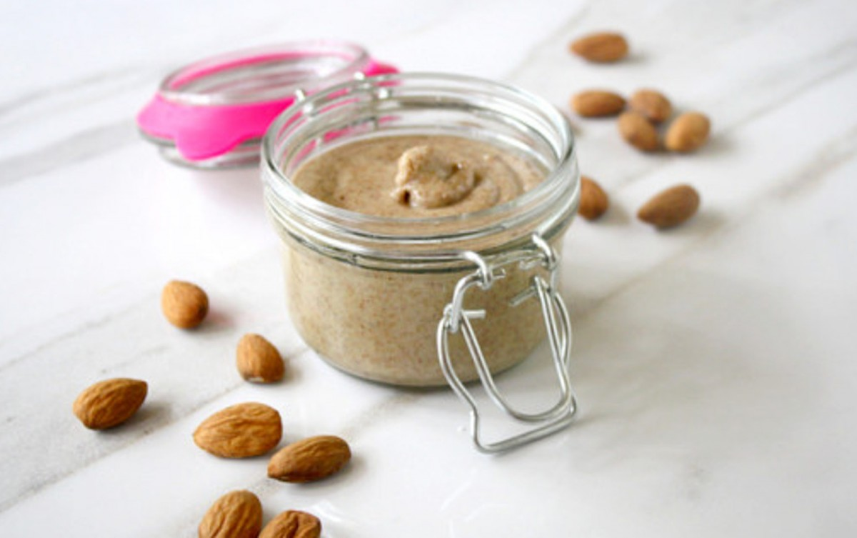 How-To-Make-Homemade-Almond-Butter-1200x753