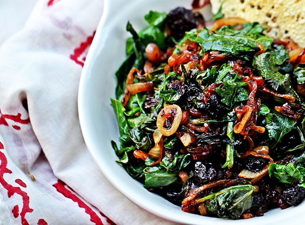 Kale-with-Caramelized-Onions-and-Cumin1