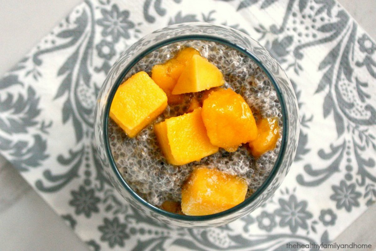 Vanilla-Bean-and-Mango-Chia-Seed-Pudding-1198x800