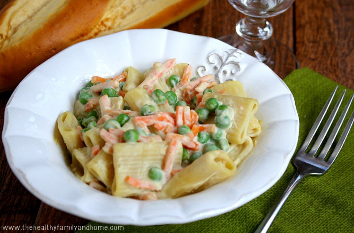 Vegetable-Rigatoni-With-Creamy-Cauliflower-Sauce-1200x789