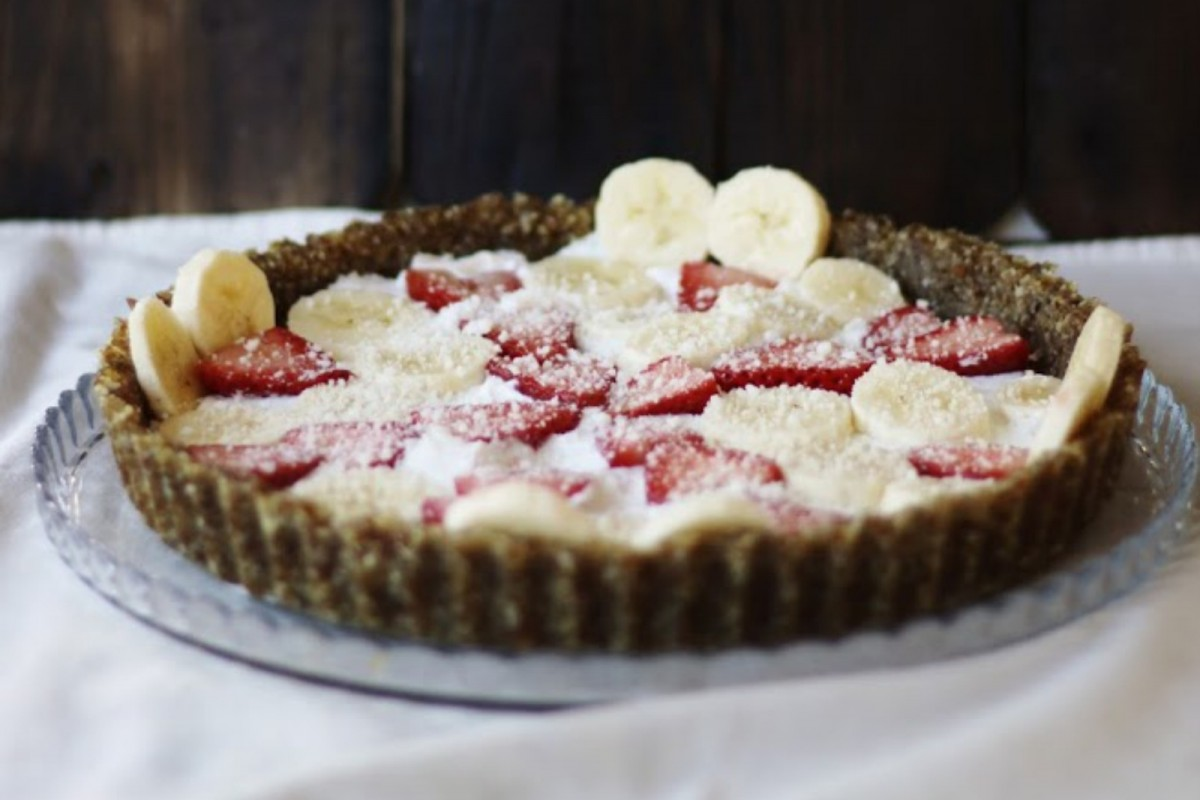Whipped-Coco-Cream-Tart-With-Fresh-Berries--1200x800