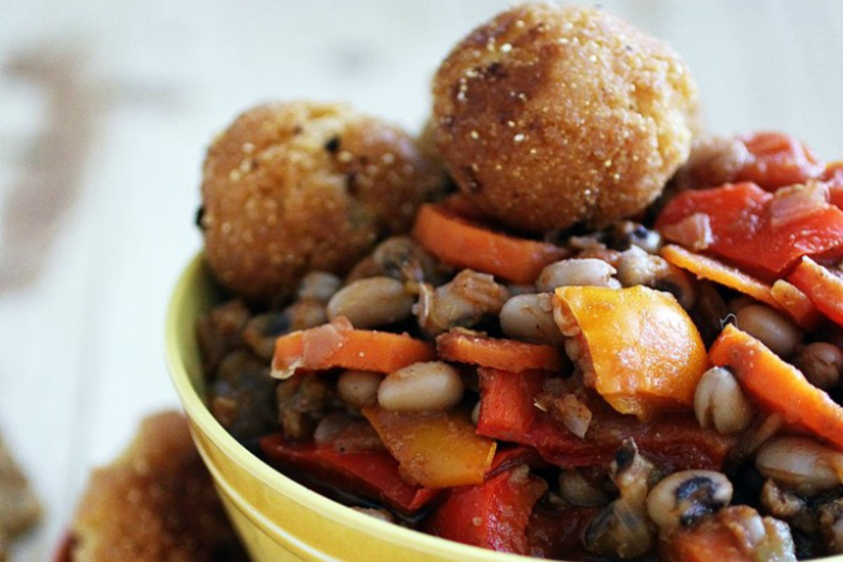 Black Eyed Pea Chili With Corn Fritters [Vegan]
