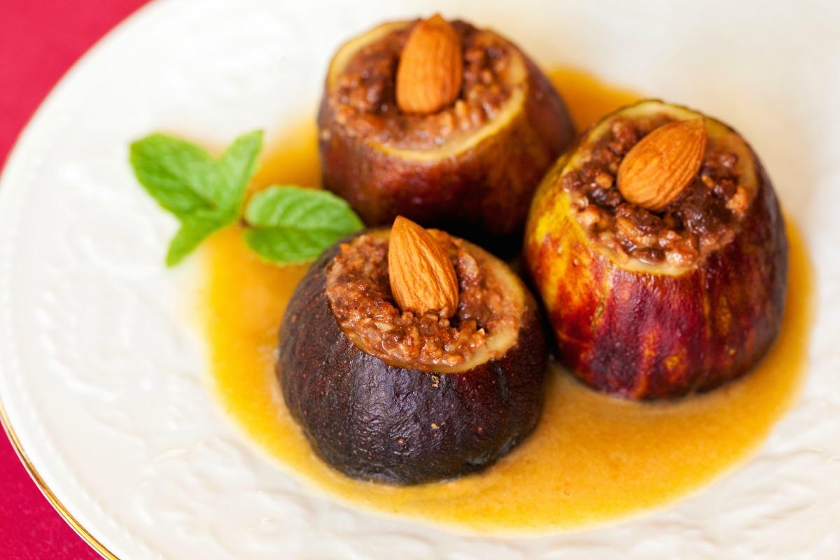 Chocolate-Stuffed Figs [Vegan, Gluten-Free]
