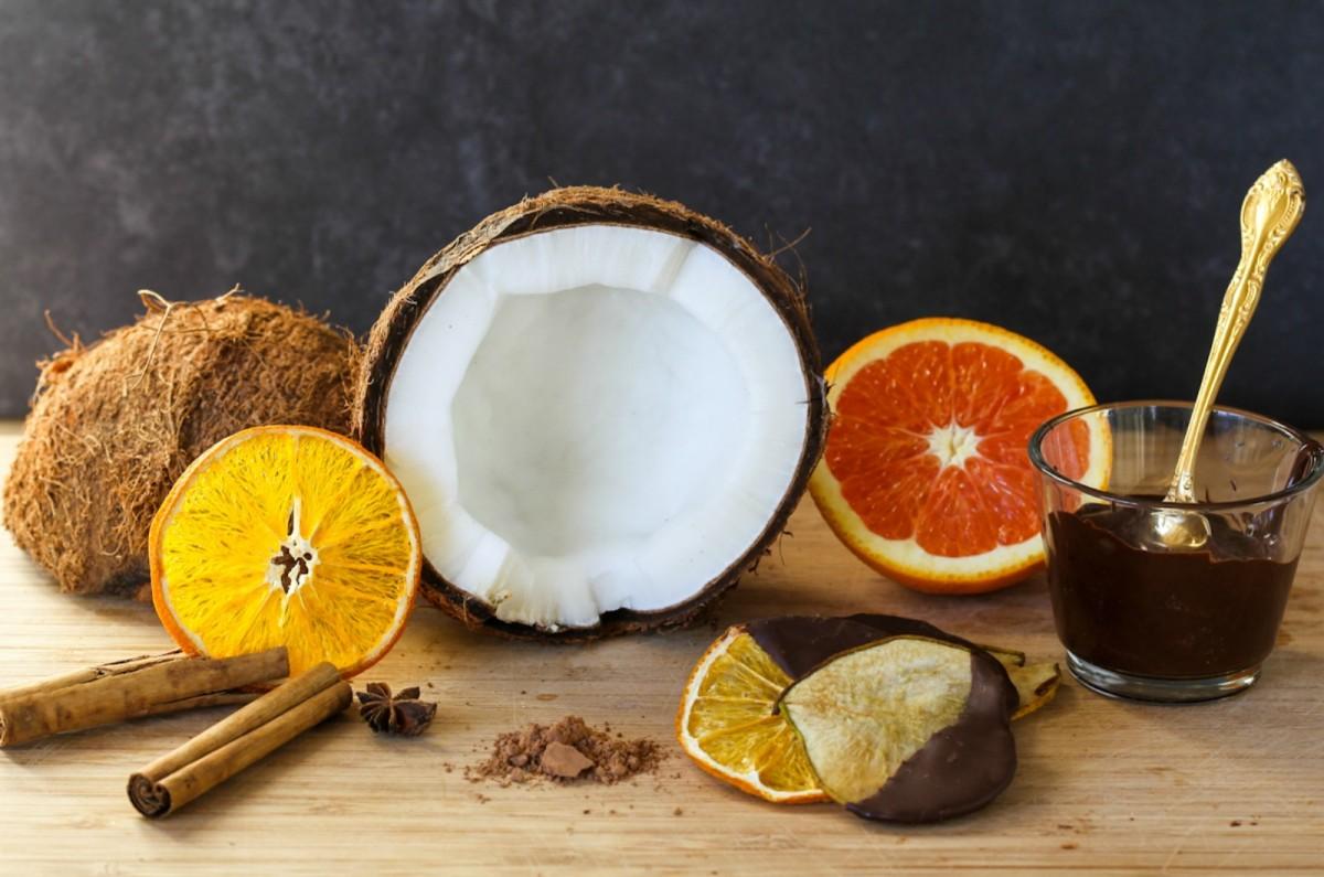 rawcoconut1-1200x795