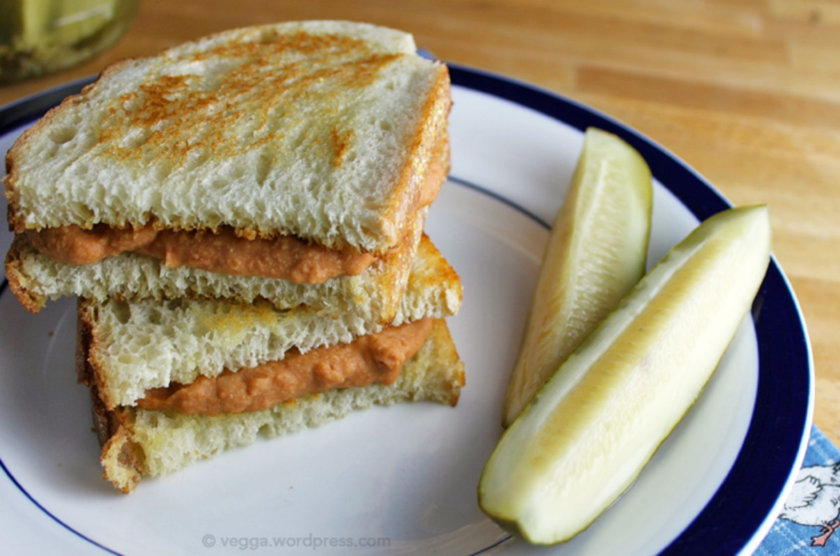 Grilled Cheese and Tomato Soup Sandwich [Gluten-Free]