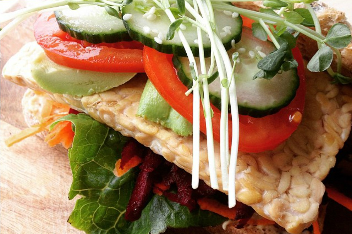 Fresh and Healthy Tempeh Burgers [Vegan, Gluten-Free]