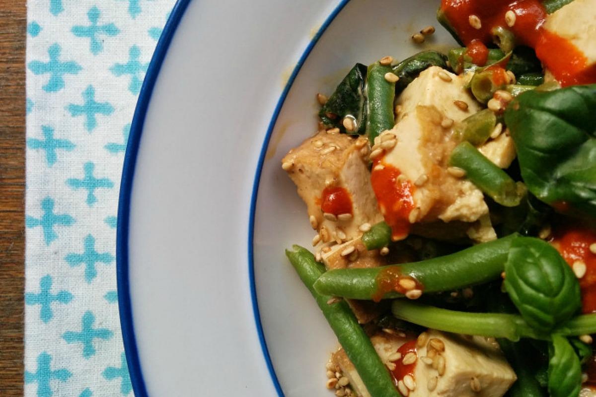 Summery Tofu Salad With Green Beans, Fresh Herbs, and Sesame Dressing [Vegan, Gluten-Free]