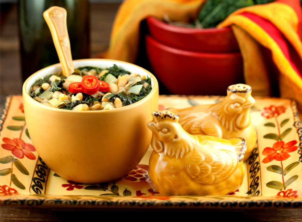 white-bean-and-kale-soup-organic-eats-mag1