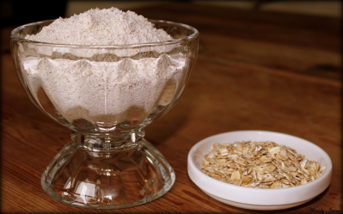 How-to-Make-Oat-Flour-by-Wendy-Irene-e1410558459303-1200x750