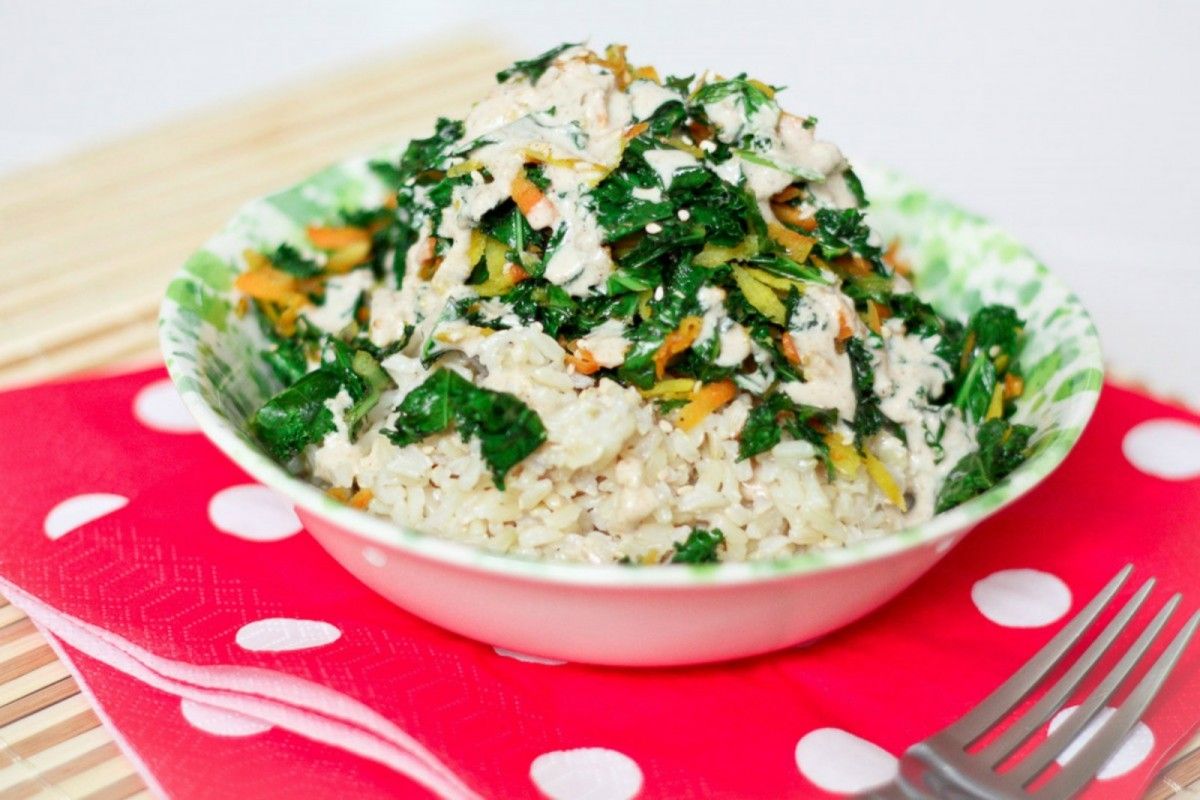 Sauteed-Kale-and-Carrot-With-a-Tahini-Sauce-1200x800-1-1200x800 (1)