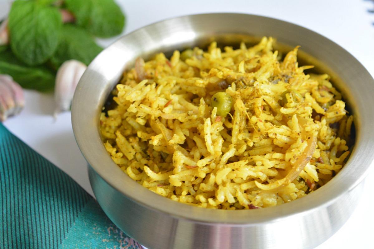 Mint Biriyani With Garden Peas [Vegan, Gluten-Free]