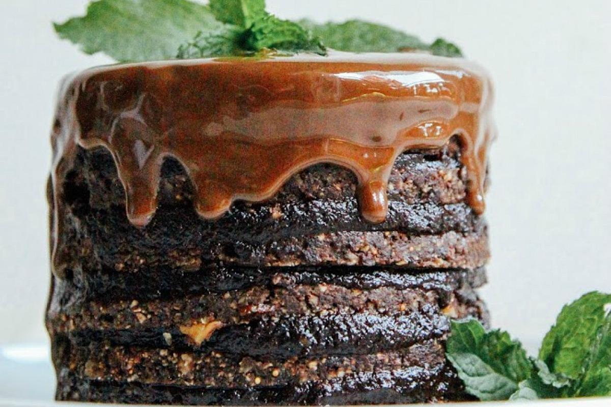 Double Chocolate Layer Cake [Vegan, Raw, Gluten-Free]