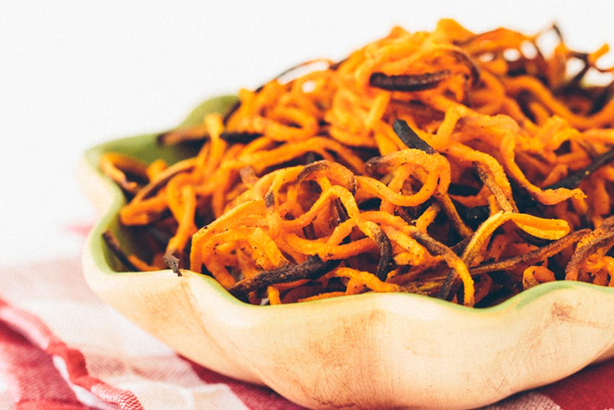 Spiralized Garlic Paprika Sweet Potato 'Fries' [Vegan, Gluten-Free]
