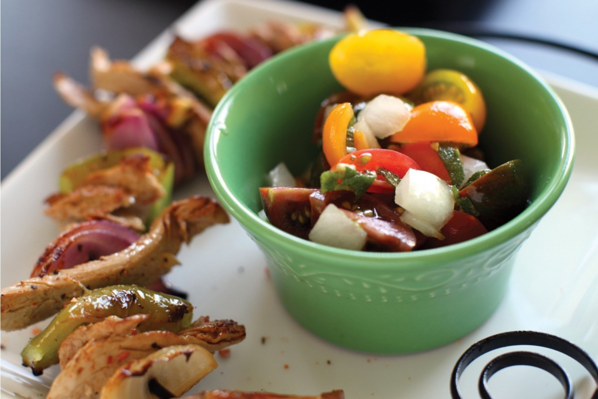 Seitan-Kebabs-with-Sangria-Tomato-Salad-Vegan-1200x800
