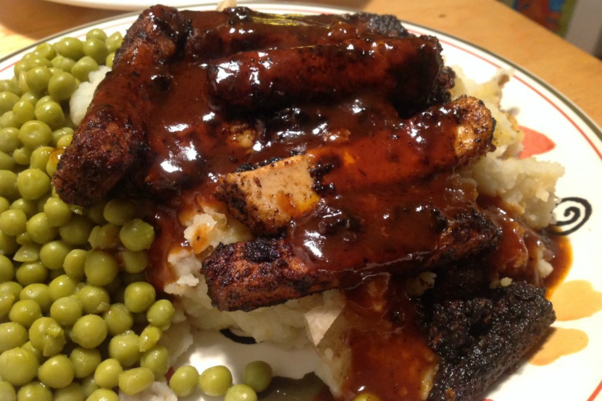 Buffalo BBQ Chicken [Vegan]