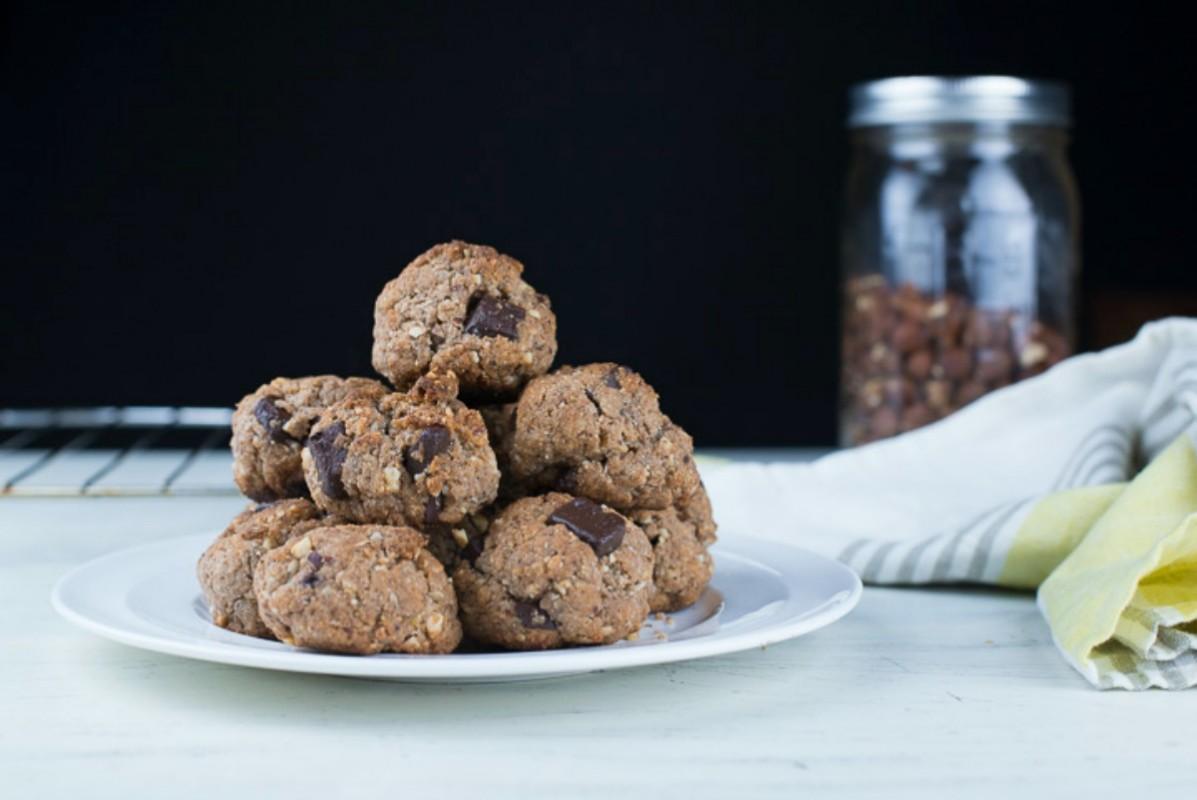 Hazelnut and Chocolate Chunk Spelt Cookies [Vegan]
