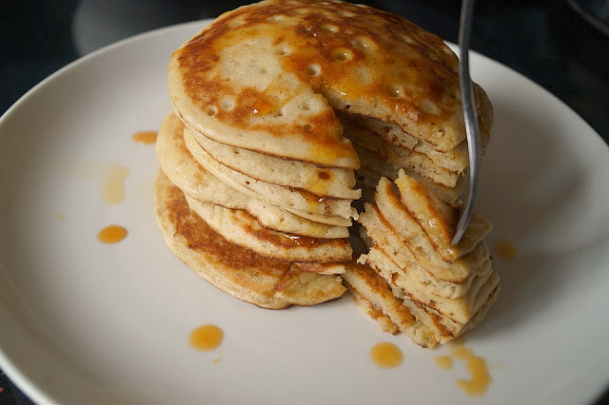 Malted Plantain Pancakes [Vegan]